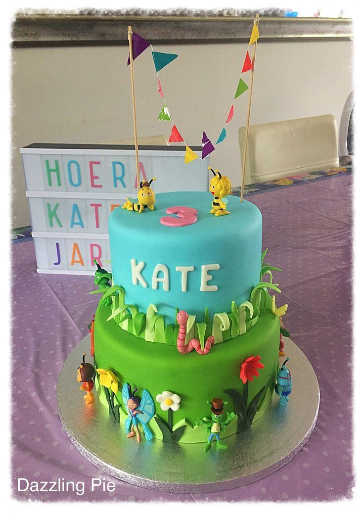 Maya de Bij taart made by Dazzling Pie