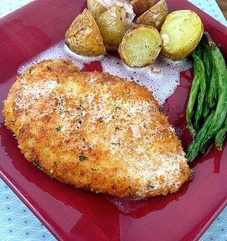 Chicken Milanese with a Lemon Butter Sauce | Stephanie Cooks | Bloglovin'