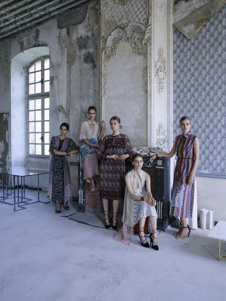 Brahman's Home session at Chateau de Gudanes. Photo by Sonia Szóstak #BrahmansHome #BrahmansFiveElements #Brahmans #SirHenryStudio #Design #Interiordesign #photoshoot #photosession #fashion #luxuryfashion #chateaugudanes #France #houtecouture #finearts