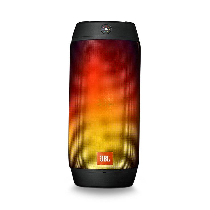 JBL Pulse 2 refurbished Black-EMEA  Breng je muziekervaring naar een nieuwe dimensie met de JBL Pulse 2 een draagbare Bluetooth luidspreker die sensationeel geluid combineert met een interactieve lichtshow. Breng je muziek tot leven met heldere meerkleurige verlichting en maak overal een feestje van waar je ook bent. Maak je eigen Pulse 2 lichtshow met behulp van de JBL Prism kleursensor lens. Richt de lens simpelweg op een kleur en zie hoe de Pulse 2 de kleur tot leven brengt. Het…