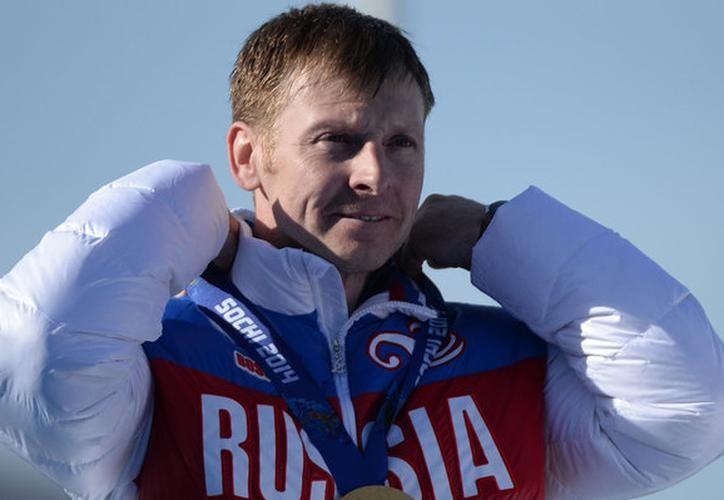 Retiran medallas de oro a campeón de bobsleigh por esto... - Sipse.com