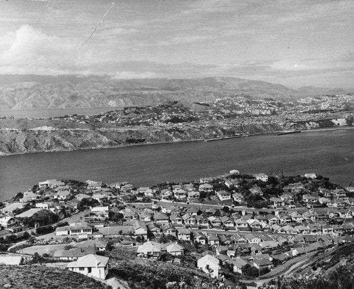 View over Hataitai and Evans Bay to Miramar Heights, [ca 1940s]  Reference Number: 1/2-C-016443-F  View over Hataitai and Evans Bay to Miramar Heights. Photographed by an unknown photographer for the New Zealand Free Lance in the 1940s.