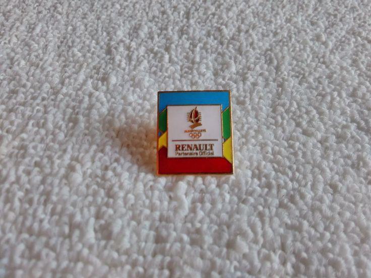 Vintage France/French Renault Automotive 1991 pin badge