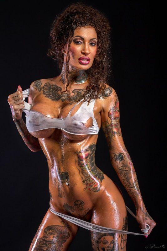 Tattooed calisi ink in piss arena 666bukkake - 3 part 2