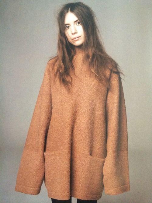 Lykke Li in an oversized sweater #style #fashion #hair