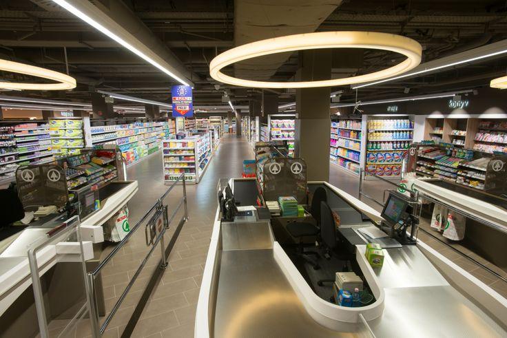 Sci-fi pénztárak a MOM SPAR áruházunkban