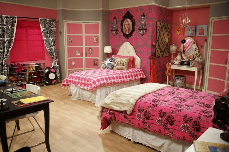 Ant Farm | Girl bedroom designs, Farm bedroom, Apartment room