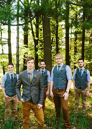 Casual Groom and Groomsmen Style | blog.theknot.com