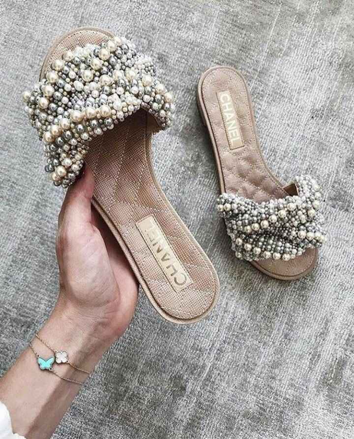 3a9ea639 Pearl Chanel slides | Shoes in 2019 | Shoes, Shoe boots, Chanel shoes