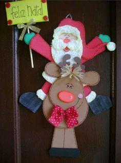 Moldes o patrones para elaborar adornos de Navidad para decorar y obsequiar, incluso para iniciar un negocio. El foami, fomi o goma eva, es un material muy noble, ya que se utiliza hasta el mínimo trocito y el costo es muy bajo, así que suele ser muy rendidor. En este espacio te ofrezco dos moldes …