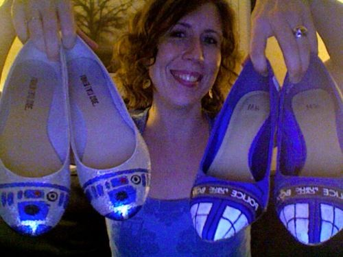 NEED: Nerdy Girls, Ideas, Stars, Star Wars, Doctor Who, Dr. Who, R2D2 Shoes, Tardis Shoes, Crafts