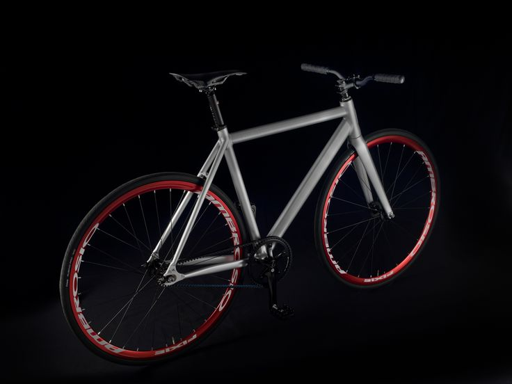 """Milano"" model in Moon silver coloration Stylish Italian handmade bicycles"