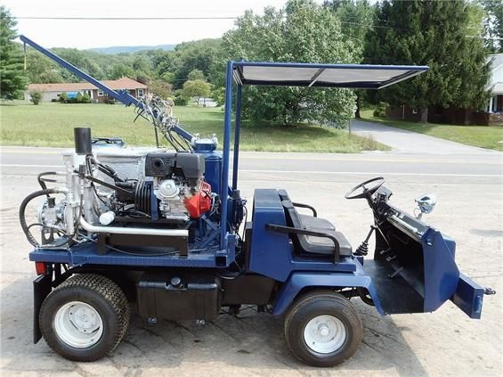 Auto express is topmost machinery and construction dealer of Narrows, VA, USA. There are 5 various machinery equipments are available like compactors, asphalt pavers, forestry equipment etc. Choose one which suits your business and save money. You can get free price quotes for new and used forklifts. Just call them up on (540) 921-7949 or logon to http://www.hifimachinery.com/used-machinery/dealer/auto-express/