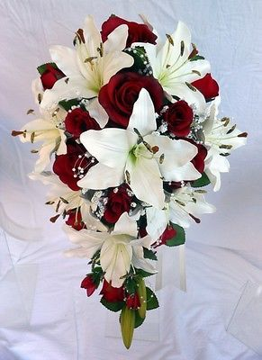 En forma de lágrima Boda Ramo, Marfil Lillies, Borgoña Rosas, Perla bucles