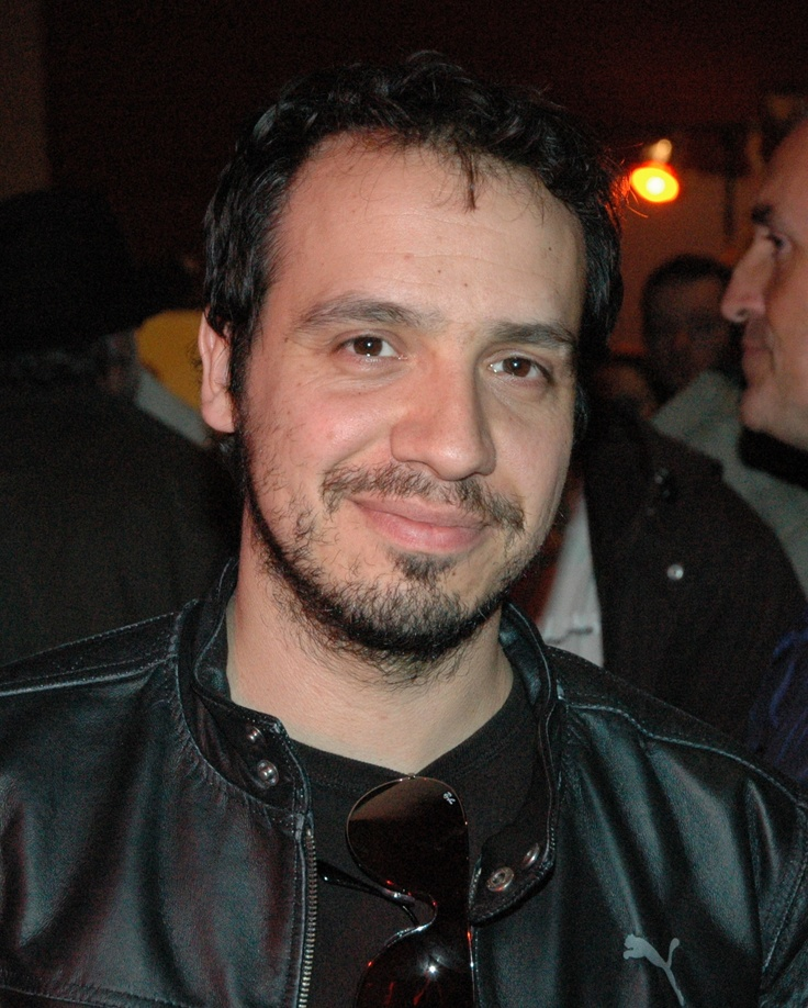 Alexandre Astier (French actor, director, scenarist, productor, musician and many other things). A real genius