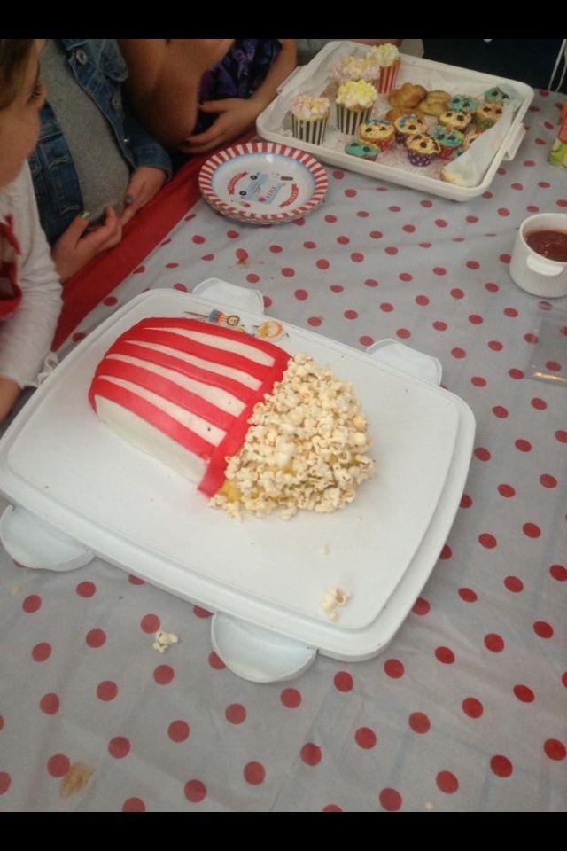 The popcorn bucket cake :)