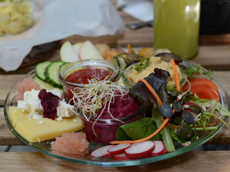 No58 Speiserei is our new favourite Café in town. You really have to try their #vegetarian breakfast plate. It's super yummy.