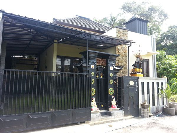 Sejahgad Town House Abianbase Type 32 / 75