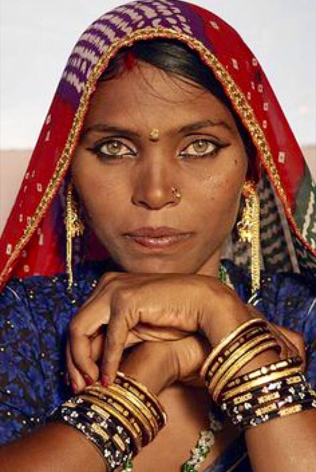 Indian Woman In Black Saree: CULTURE, TRADITIONS, PEOPLE, FACES AROUND