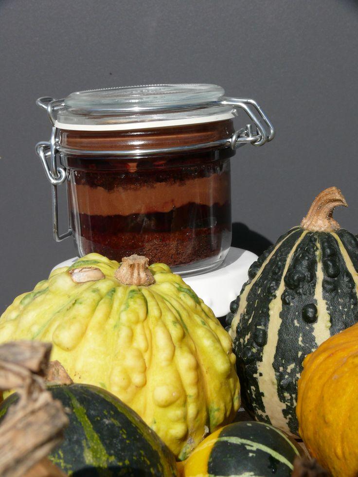 taart in een pot (Brownietaart met chocomouse)