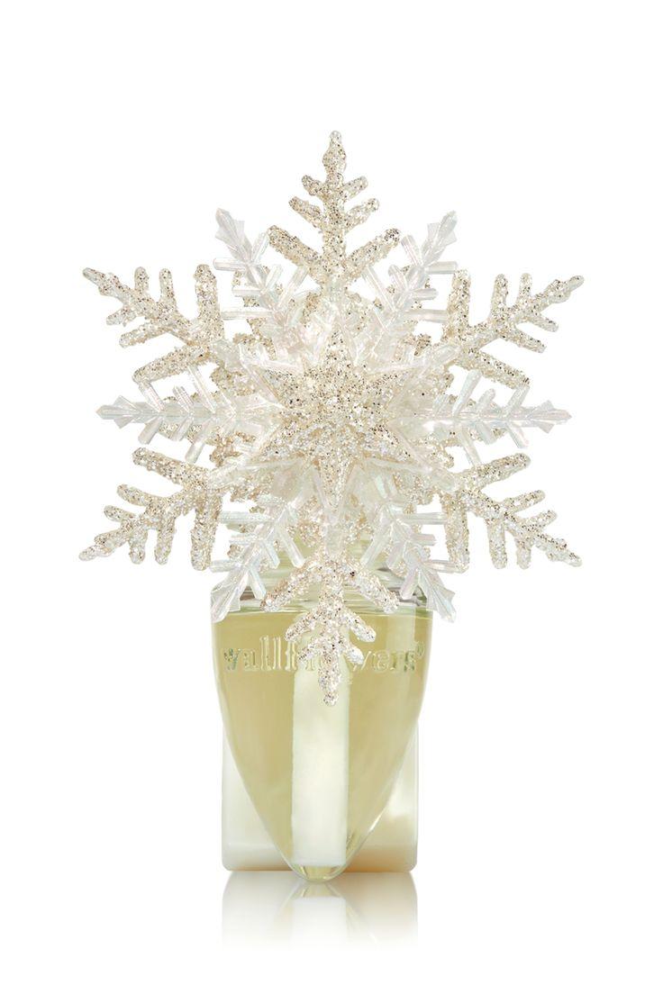 Layered Snowflake Nightlight Wallflowers Fragrance Plug - Home Fragrance 1037181 - Bath & Body Works