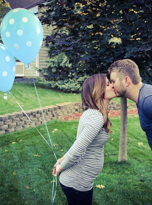 It's a boy!! Cute gender reveal using balloons and confetti!