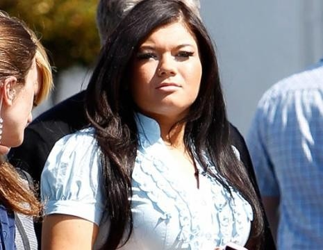 """Amber...Teen Mom. Running against Janelle for """"Worst Mother of the Year"""" Award."""