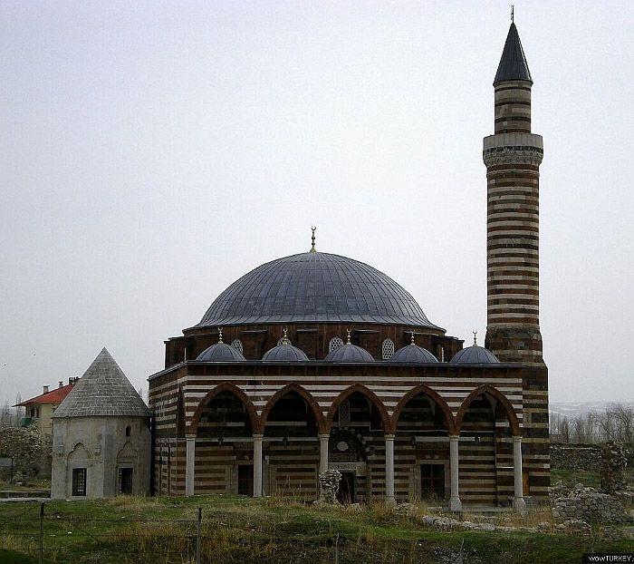 Mimar Sinan'ın eserleri. Van Hüsrev Paşa Camii