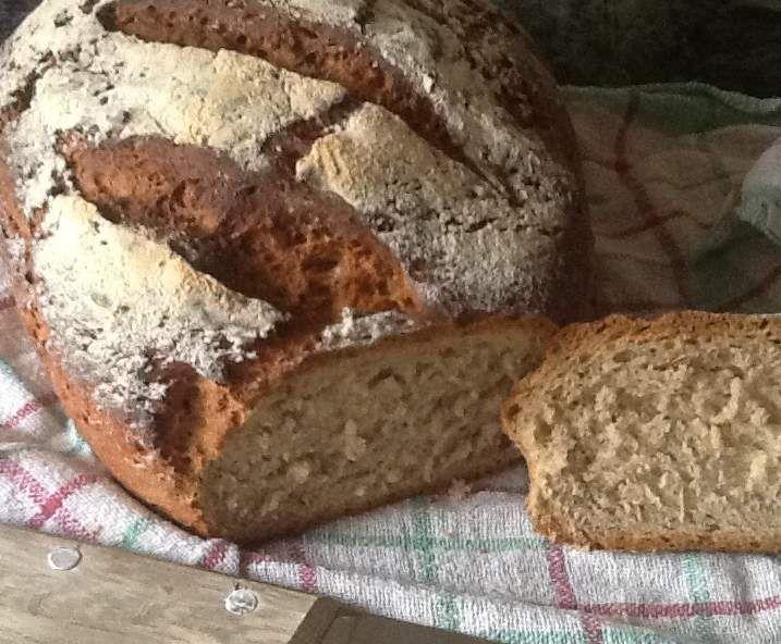 Rezept BUTTERMILCH KRUSTI MIT CHIASAMEN von Pino's Mami - Rezept der Kategorie Brot & Brötchen