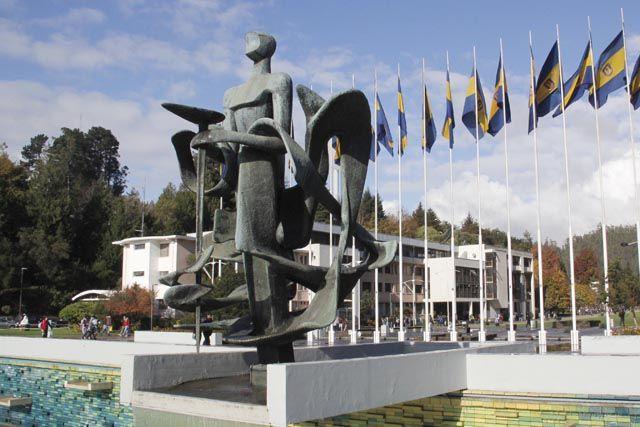 Resultado de imagen para esculturas de concepcion chile