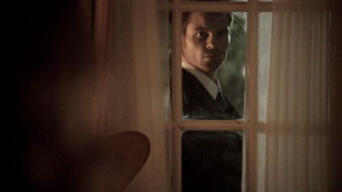 What would you do if you saw this guy creepin at your window? Elijah Mikaelson <3