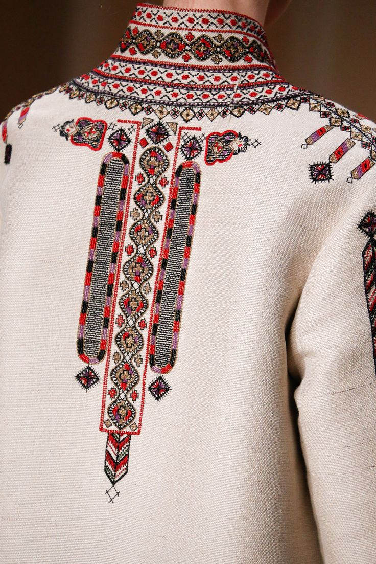 I swear my Ukrainian grandfather had a jacket just like this. Valentino - Spring 2015 Couture - Look 26 of 150