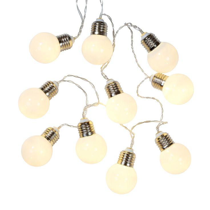 Lichterkette Glühbirnen - für Gartenparties aber auch wunderschön auf Buffets / Sweet Tables     bei Pomballon