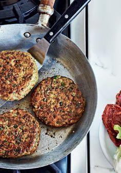 Hambúrguer de grão-de-bico e espinafre