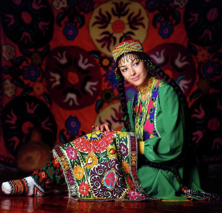 женская таджикская национальная одежда фото заходите