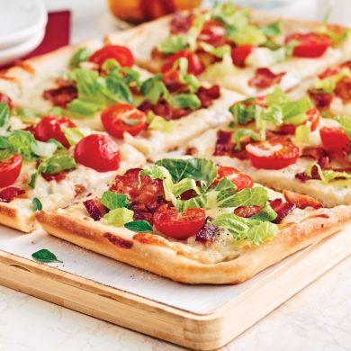 Pizza BLT - Soupers de semaine - Recettes 5-15 - Recettes express 5/15 - Pratico Pratique