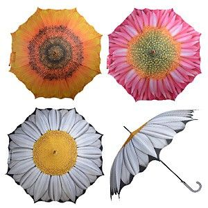 Bei uns in Hamburg regenet es zum Start des Wochenende und es ist herbstlich grau und mauschelig. Da empfiehlt sich der Regenschirm mit Blumen-Motiv für Sonne im Herzen.