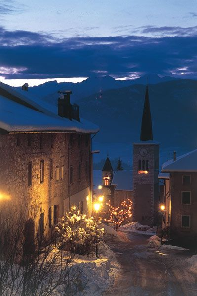 Val di Non by night, in winter.