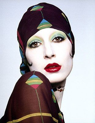 Angelica Huston in her model days...