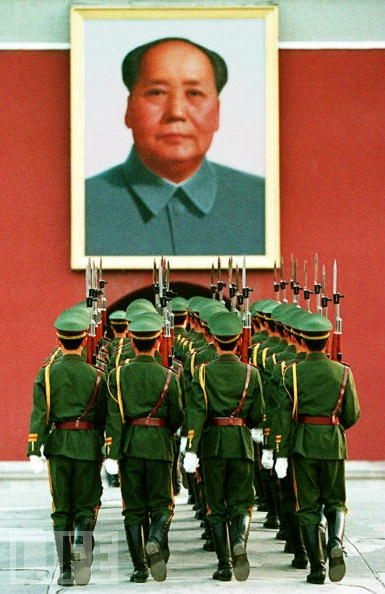 an introduction to the history of mao zedong The first five-year plan for the future of china was launched by mao zedong in  1953,  this has been called the greatest, largest famine in human history.