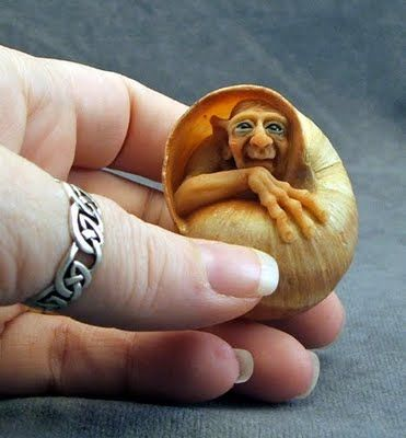 pinning simply because the link is apparently a website dedicated to snails...