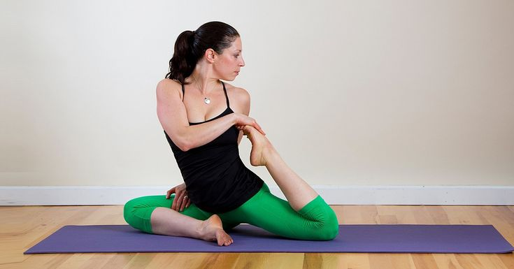 "YOGA TWIST POSES FOR THE BACK AND SPINE  Feel-Good Yoga Twists to Make Your Back Say ""Ahh"""