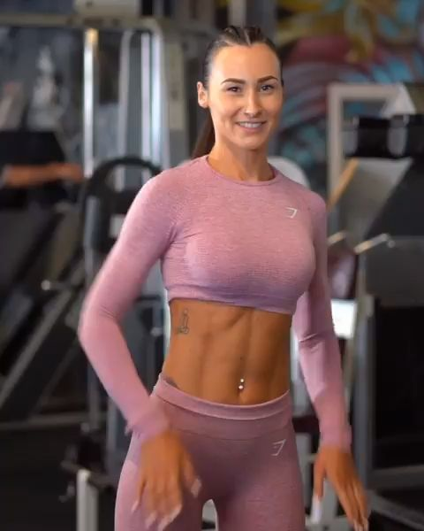Abs on fire! Engage your core for this one and feel the benefits! Lisa demonstra… – Workout
