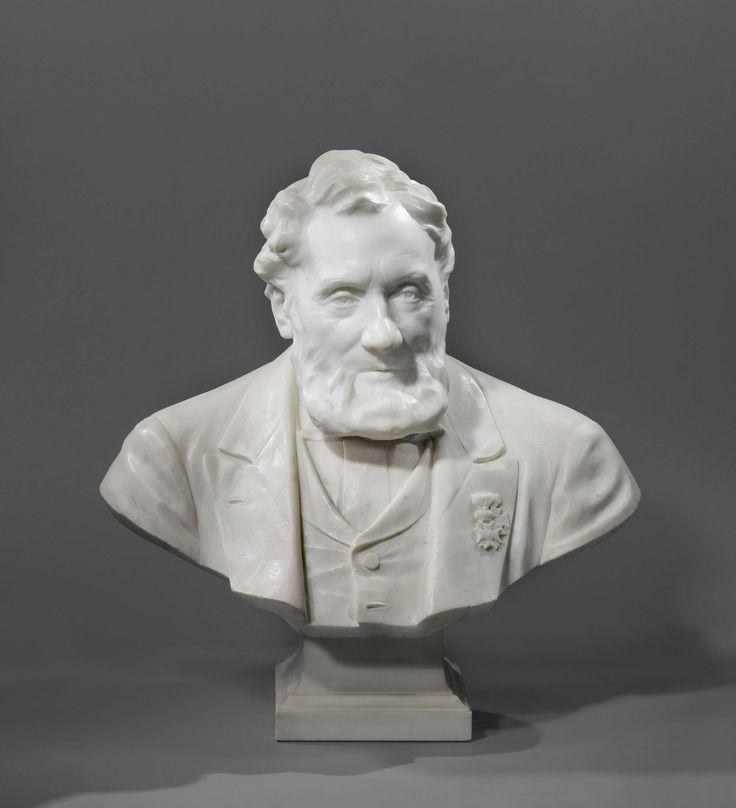 Johan Keller | Buste van Johannes Petrus Hasebroek (1812-1896), letterkundige, Johan Keller, 1893 | Buste van van Johannes Petrus Hasebroek (1812-1896), letterkundige. Marmer. De sokkel van grijs graniet.