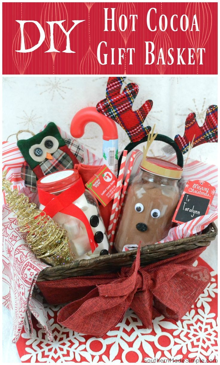 Easy Holiday Gift Idea: DIY Hot Cocoa Gift Basket - all goodies inside are from Dollar General! A great gift idea to put together on a budget! #ad @