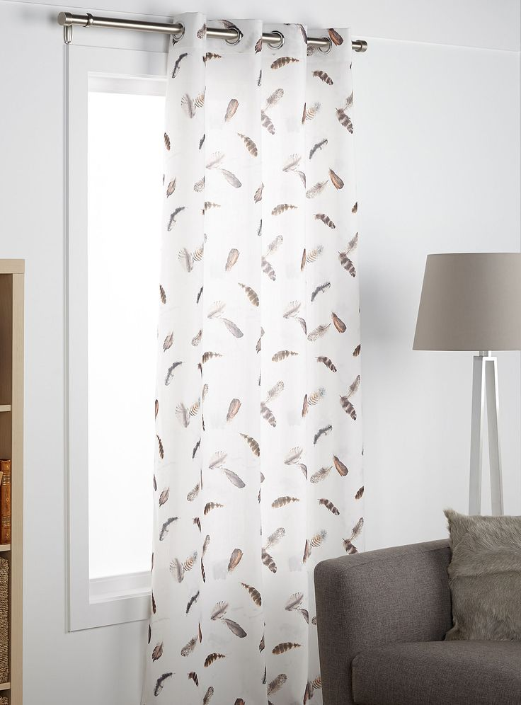 Natural feather curtain | Simons #simons #feathers #plumes