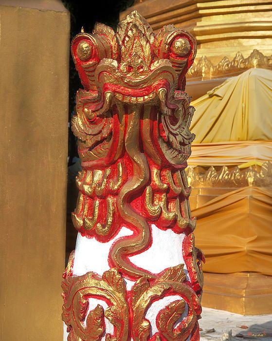 2013 Photograph, Wat Sri Don Chai Lion, Tambon Chang Khlan, Mueang Chiang Mai District, Chiang Mai Province, Thailand. © 2013.  ภาพถ่าย ๒๕๕๖ วัดศรีดอนไขย สิงโต ตำบลช้างคลาน เมืองเชียงใหม่ จังหวัดเชียงใหม่ ประเทศไทย
