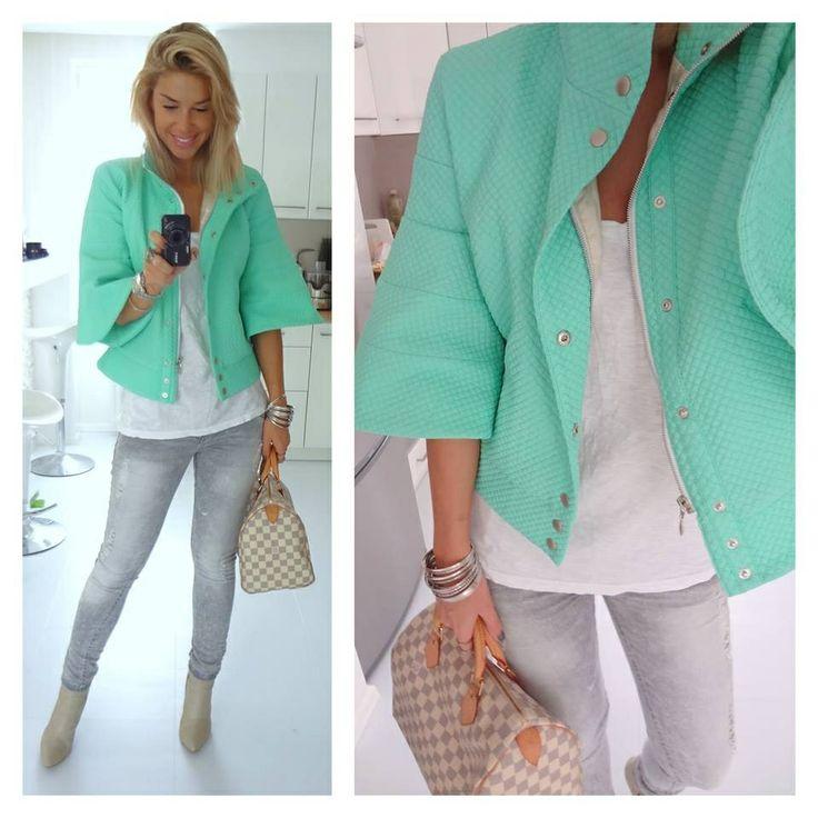 KEYRON coat available at www.myloveshop.hu
