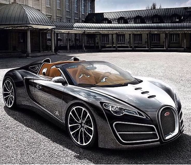 I don't know what type of Bugatti this is but it is a piece of art