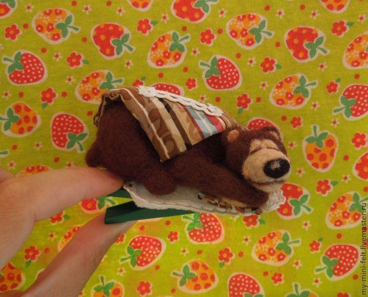 """Купить """"Сон в новогодню ночь"""" Ёлочная игрушка на прищепке - интерьерная игрушка, миниатюра из шерсти, войлок"""
